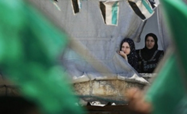 Fatah arrests pro-Hamas students, lecturers in W.Bank