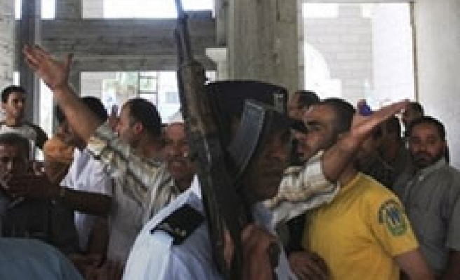 15 Hamas members detained by Abbas forces