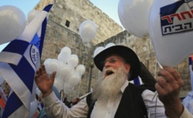 Jewish settlers on occupied land increased in 2007