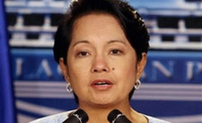 Philippine court allows Arroyo to run for Congress