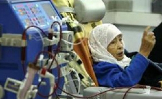 Palestinian patients face spying or dying