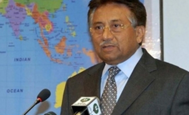 Musharraf not to resign as Pakistan ready to impeach