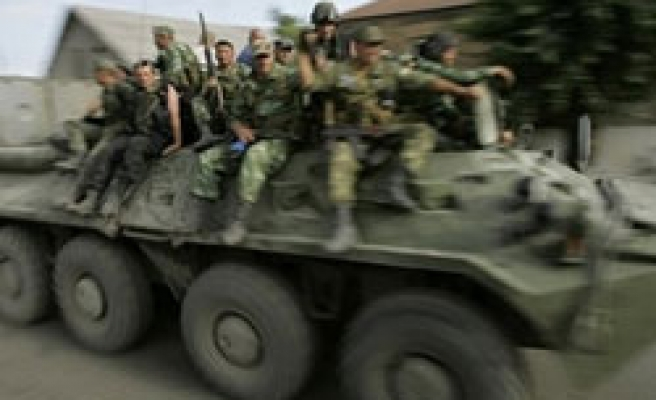 Russian troops withdraw from Georgian capital: Witness