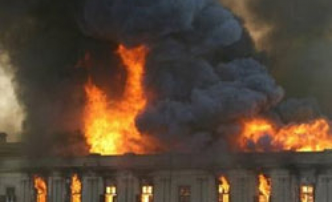Egypt rules out arson in parliament fire PHOTO