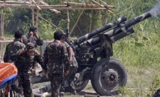 Philippines calls one-month ceasefire with Maoists