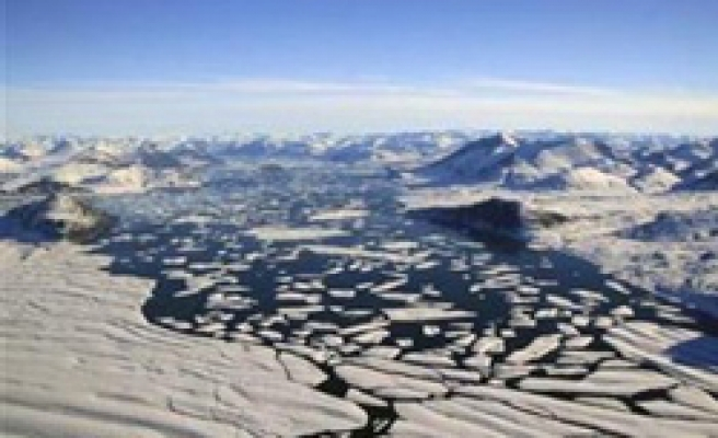 Arctic sea ice likely to hit record low next week