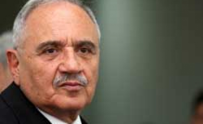 Turkish defence minister to visit Poland, UAE