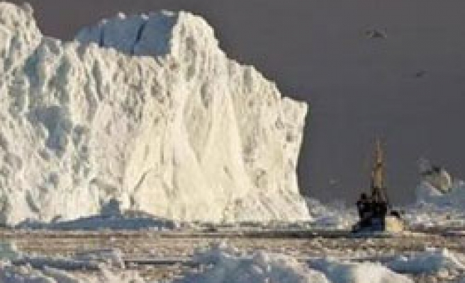 Greenland warns EU about access to mineral wealth
