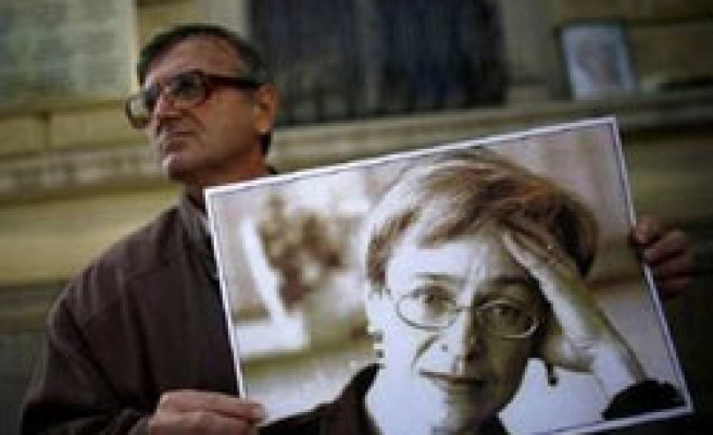 Russia not trying real Politkovskaya killers:lawyer