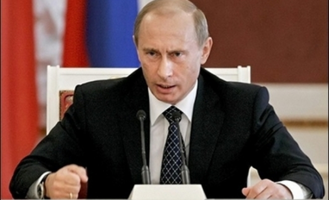 Russia will not allow missile shield to spy: Putin