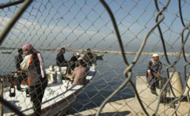 Iran Red Crescent says to send aid ship to Gaza