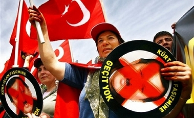 Anti-government demonstrators protests after military ultimatum