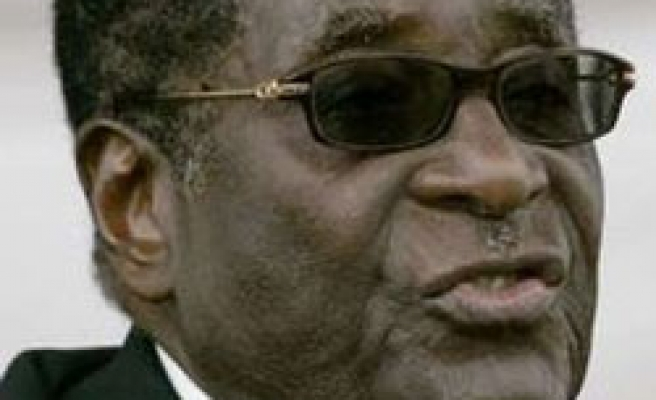 Zimbabwe's Muıgabe set to form gov't in February: Paper