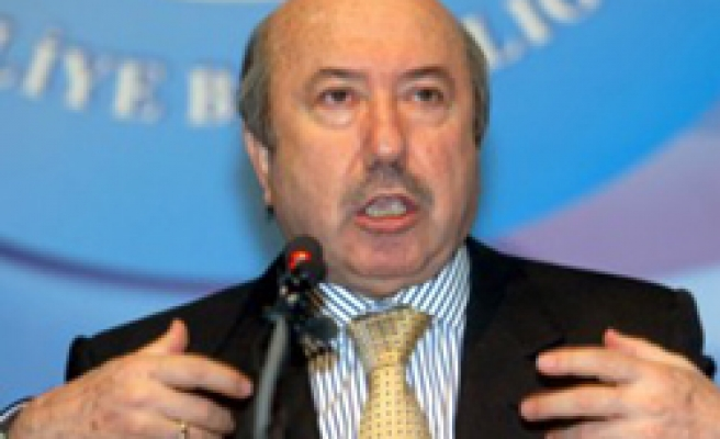Turkey doesn't plan growth target revision -finmin
