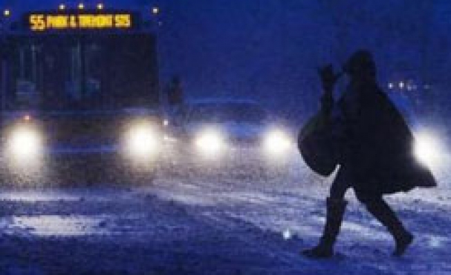 Winter storms hit western, eastern United States