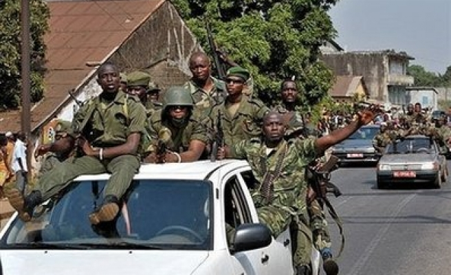 Big crowds cheer Guinea coup junta chief in Conakry