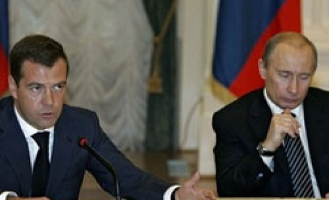 Russian leaders urge united front during crisis