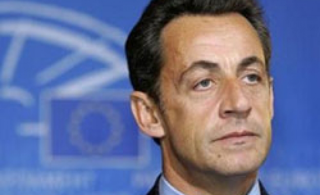 Sarkozy to grill Renault chiefs over Clio production in Turkey