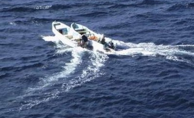 Greek coast guard shoot dead suspected migrant smuggler
