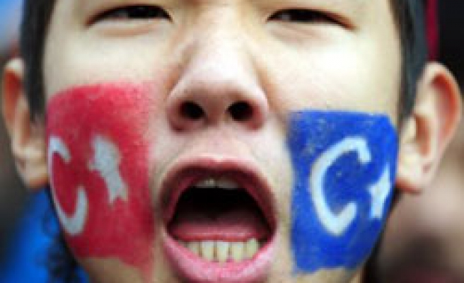 China says arrested 1,300 Uighurs during 2008