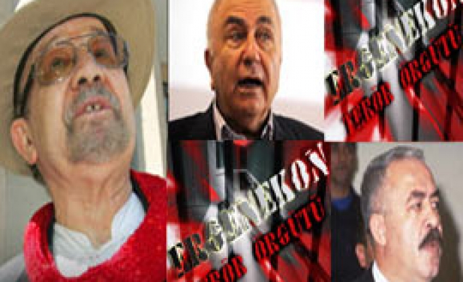 Turkey detains 40 with three ex-generals in coup probe