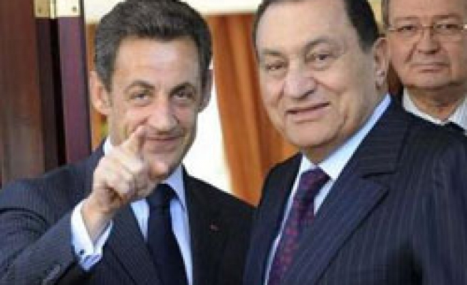 Abbas, Sarkozy set to hold talks in Egypt: Report