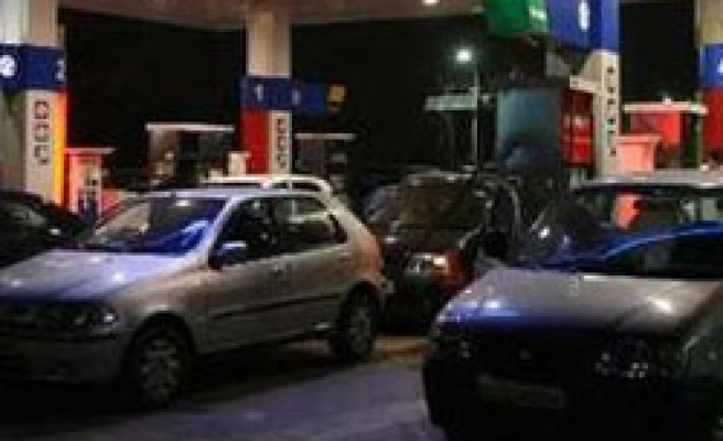 India's fuel pumps run dry as strike enters 3rd day