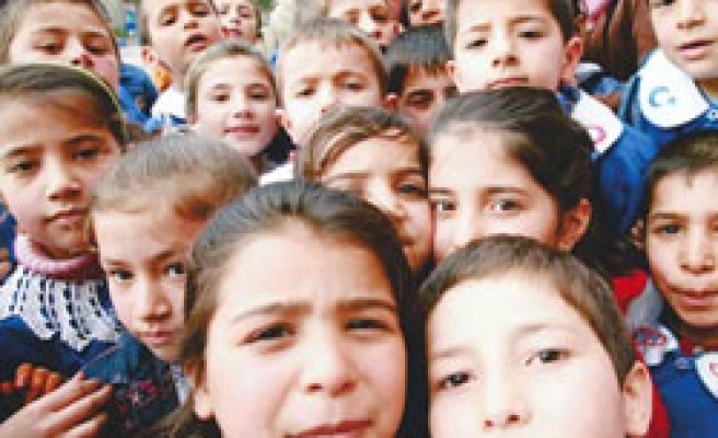 All Turkish students to keep a minute of silence for Gazan children
