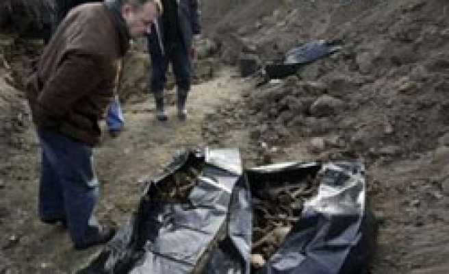 Poland unearths 1,800 bodies in WW2 mass grave