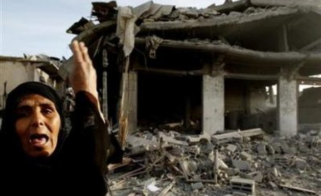 Israeli attacks drive Palestinians from their home in Gaza