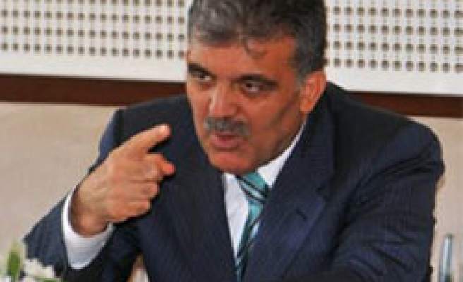 Turkey's Gul: Israel must withdraw from Gaza completely