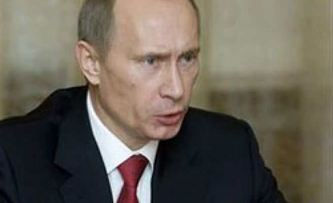 Putin seeks unified version of history for schools