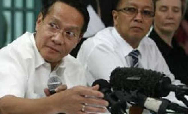 Philippine fears Ebola virus after four infected patients