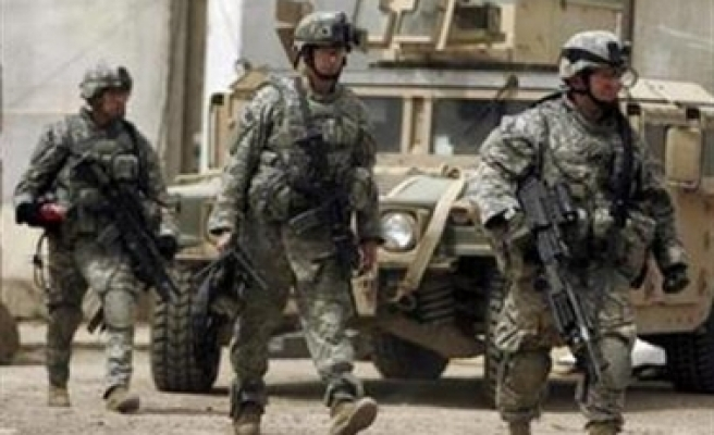 U.S. soldier killed, 9 wounded in Iraq