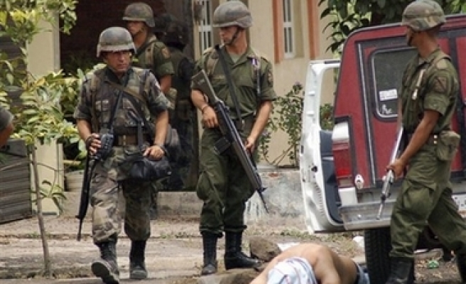 Drug cartels target military in Mexico