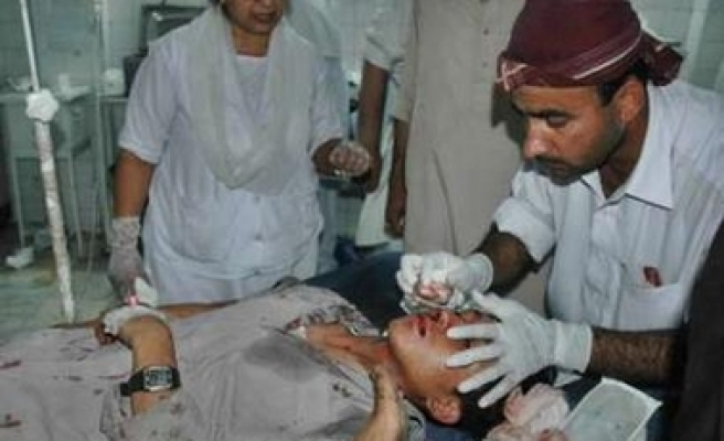 Pakistani blast kills 24; uproar in parliament