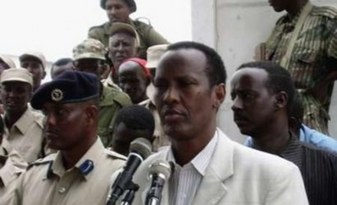 Roadside bomb targets Mogadishu mayor