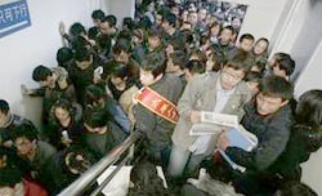 China official says 20 million migrants lost jobs