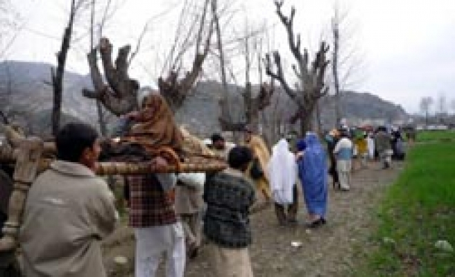 Pakistani Taliban 'kidnap' 29 police and soldiers