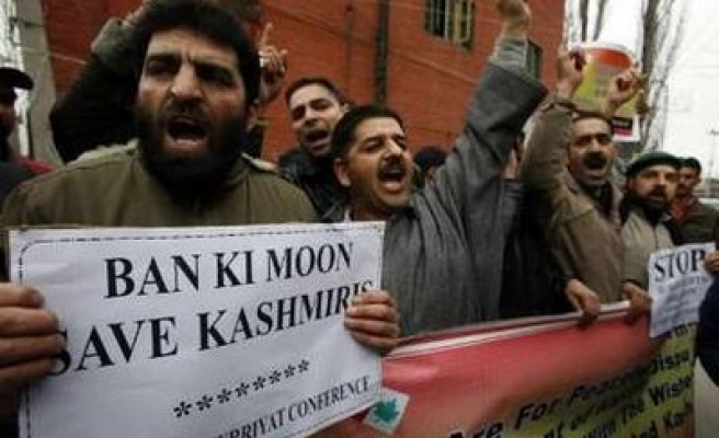 Thousands urge UN's Ban to save Kashmir