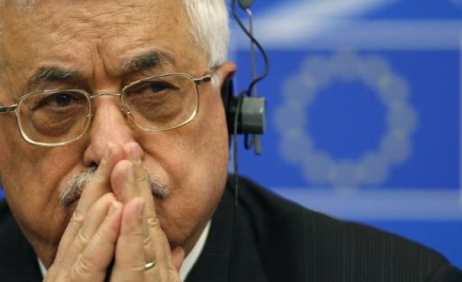 Palestine's Abbas gives $600 mln to Gaza reconstruction