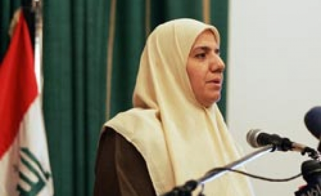 Iraqi women's affairs minister resigns in protest