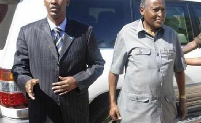 7 killed in explosion against Somali PM's compound