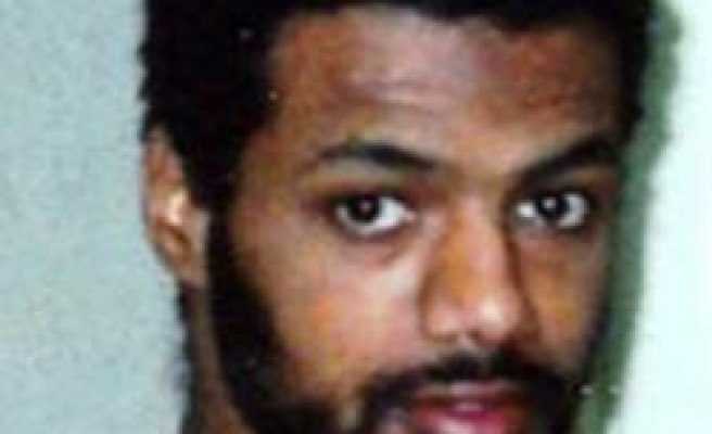Gitmo detainee on hunger strike fit to return Britain: Diplomats