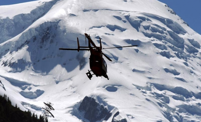 Nepal Sherpas demand compensation for avalanche victims