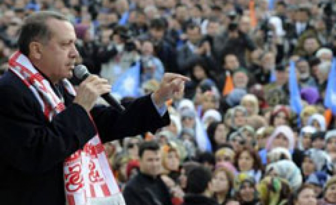 Turkish PM urges voters for fresh AK Party mandate