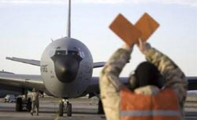 Kyrgyzstan hands US 180 days to leave air base