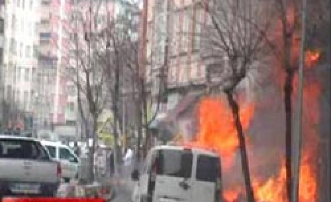 Blast in Turkish city wounds 15 people / VIDEO