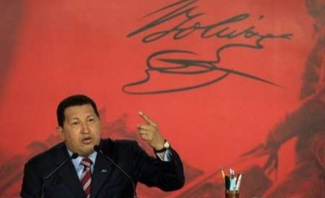 Chavez calls for joint defence pact