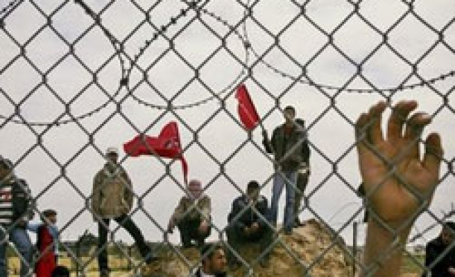 Egypt confesses building steel barrier next Israeli siege-hit Gaza